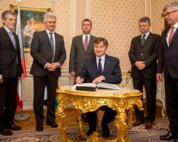 Spotkanie przewodniczących parlamentów krajów V4 w Štiřín