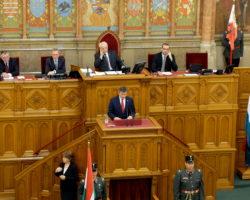 Marszałek Kuchciński na Węgrzech: Nie budujmy barier. Obierzmy kierunek na odnowę i wzmocnienie Unii Europejskiej