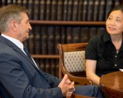 Marszałek Sejmu: Z Chińczykami podpiszemy bardzo ważne dla nas porozumienie o współpracy