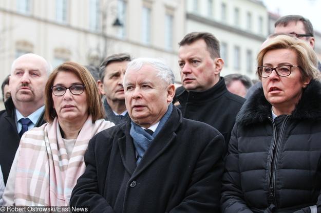 94-miesiecznica-smolenska_R. Ostrowski East news