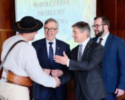 Marszałek Sejmu w Żywcu: Powstaje ustawa wspierająca m.in. pasterstwo
