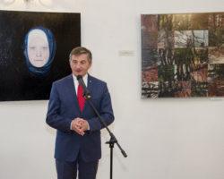 """Międzynarodowe Triennale Malarstwa Regionu Karpat """"Srebrny Czworokąt"""" z udziałem marszałka Sejmu"""