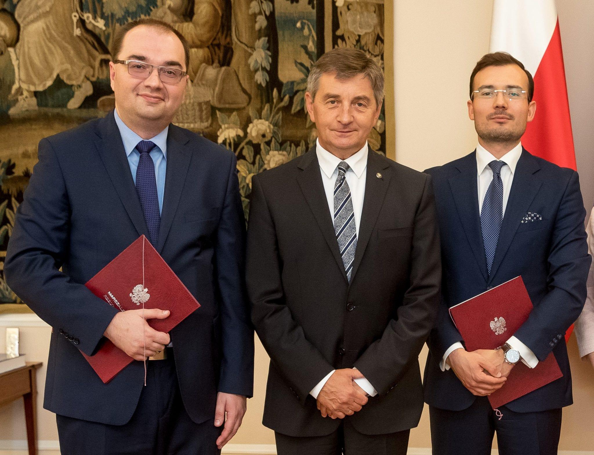 Marszałek Sejmu wręczył akty powołania nowym członkom Trybunału Stanu