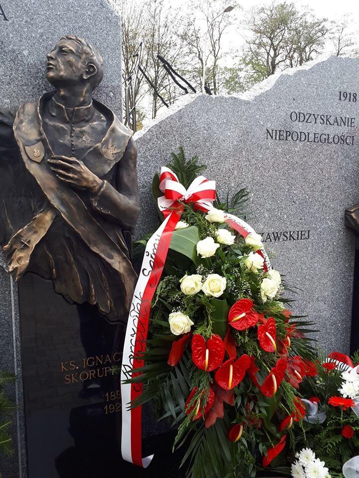 pomnik w parafii Chrystusa Króla w Jarosławiu 6