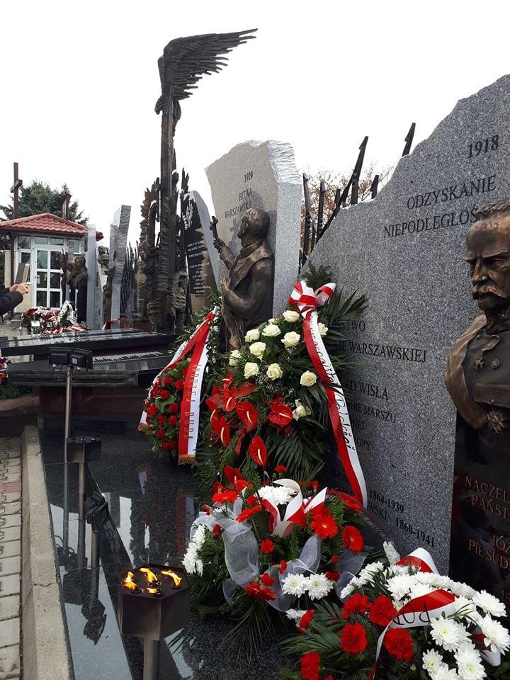 pomnik w parafii Chrystusa Króla w Jarosławiu 7