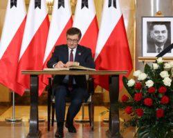 Marszałek Kuchciński o premierze Janie Olszewskim: Polska miała niewielu mężów stanu o tak wielkiej prawości, odwadze i mądrości