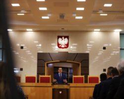 Rząd Prawa i Sprawiedliwości wzmacnia klasę średnią. Wykład premiera Morawieckiego w TK