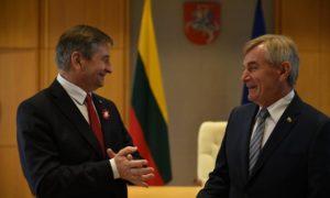 Wilno: Obchody 15. rocznicy wstąpienia Litwy do Unii Europejskiej z udziałem Marszałka Sejmu