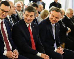Marek Kuchciński: Konieczne jest wzmocnienie dostępności regionów oddalonych od centrów administracyjno-handlowych. Program 100 obwodnic to równe szanse komunikacyjne dla całej Polski