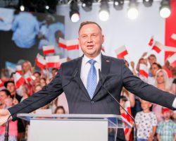 Mimo ogromnych przeszkód Podkarpacie wciąż wierne! Duda zdobywa tu ponad 60 proc. głosów